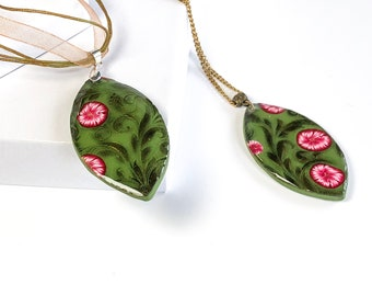 Green Flourish and Pink Flower Polymer Clay Necklace| Statement Necklace| Bridesmaid Gift| Summer Accessories| Gift for her