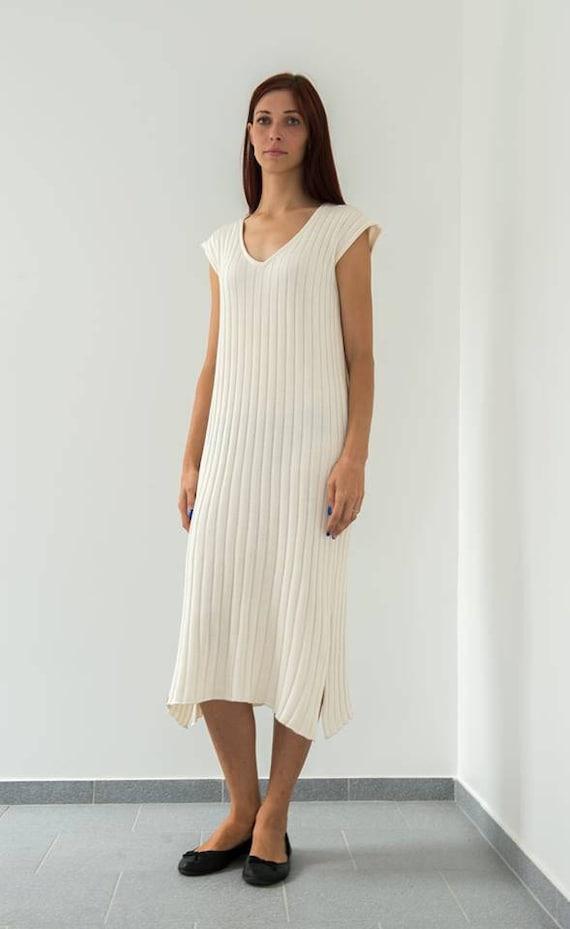 knits pleats Minimalist Creamy Ivory sleeves and with loose fit dress maxi dress V Oversized dress dress Bridal neck white dress big no pCqwUxCvI