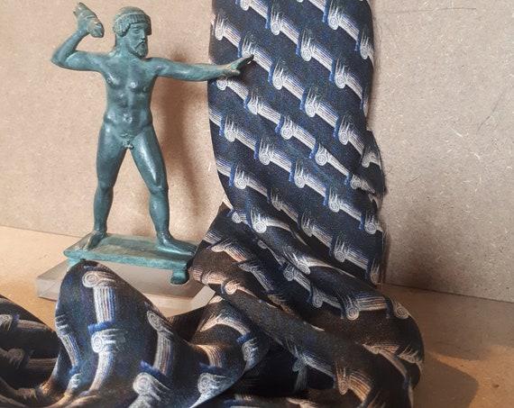 square scarf in pure pattern pattern pattern Greek art column for women and men