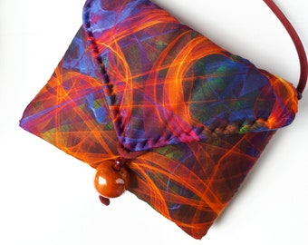 Handbag clutch in pure hand-made padded silk