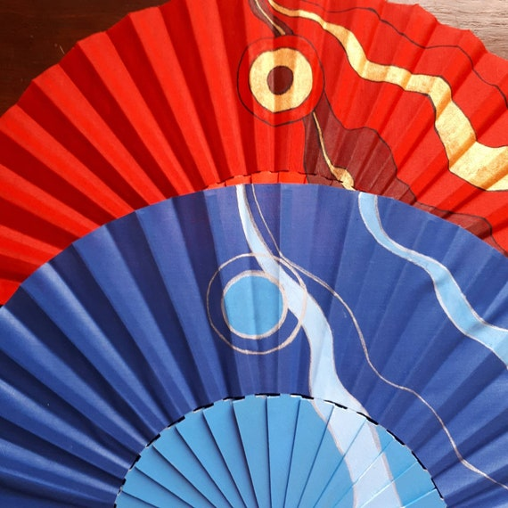 Hand-painted fan