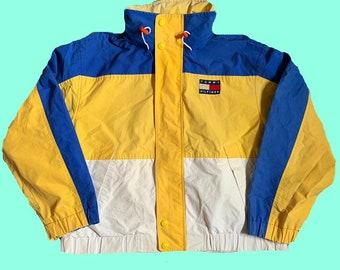 f58b5213a4e268 Vintage 90s Tommy Hilfiger windbreaker jacket