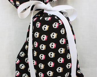 Cloth Gift bag - Skull Gift Wrap - Reusable Gift Bag, Eco Friendly Gift Bag (Medium)
