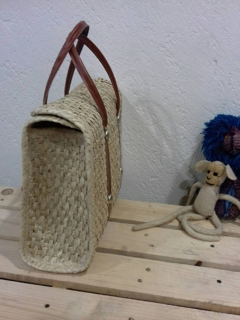 Palm Case with Embroidery * Sending cost on description Mexican Handycraft Bag
