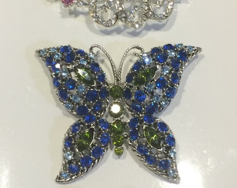 4 piece Vintage Brooch lot for sale. Free Shipping - Beautiful exquisite pieces.