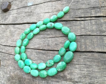 "17""Chrysoprase Beads Oval Shape Natural Chrysoprase Full Strand Necklace"