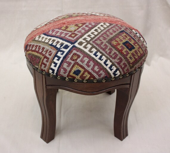 Peachy Kilim Ottoman Round Ottoman Kilim Stool Pouf Vintage Furniture Footstool Vintage Entryway Bench Gmtry Best Dining Table And Chair Ideas Images Gmtryco