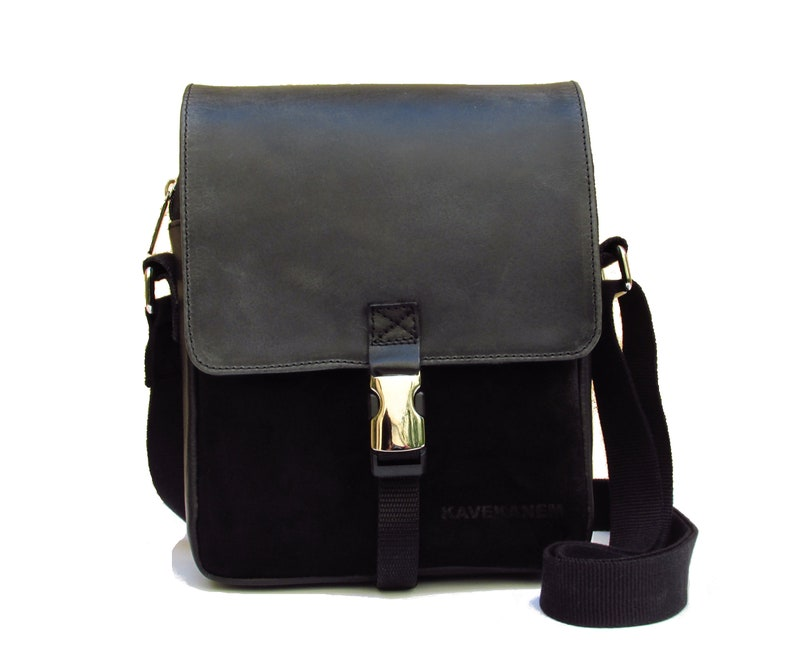 73c0e5e25e8f84 Messenger bag in leather and canvas. Small bag for man.