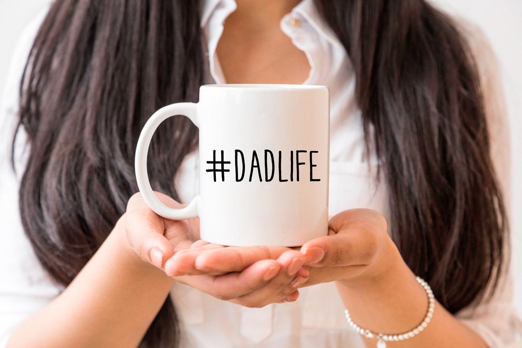 dadlife tasse cadeau f te des p res une tasse de caf pour. Black Bedroom Furniture Sets. Home Design Ideas