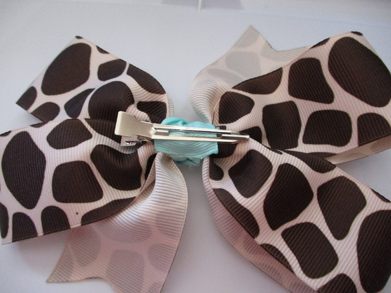 6  Giraffe Print Bow with Aqua Center Free Shipping