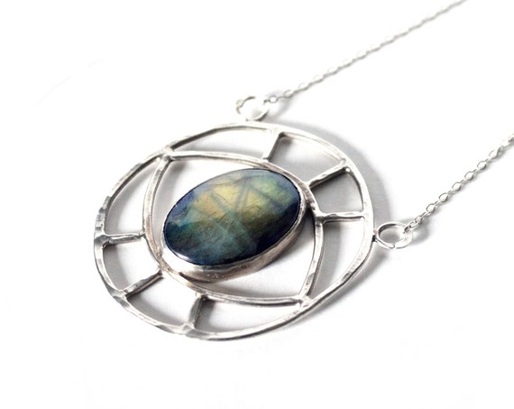 Handmade Evil Eye Necklace in Silver and Labradorite