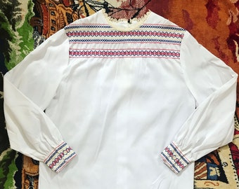 60s embroidered top