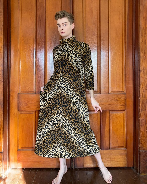 60s Dela Ann Ocelot print house dress