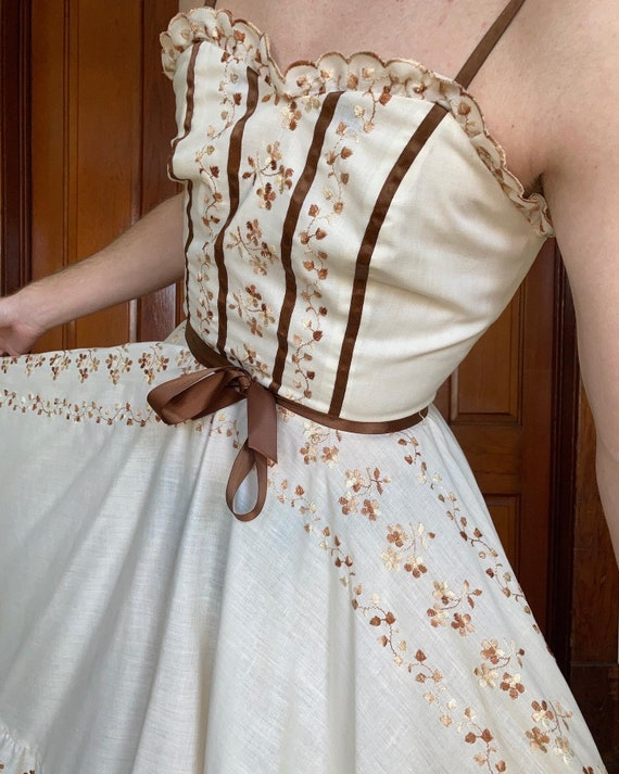 70s Embroidered prairie dress - image 4