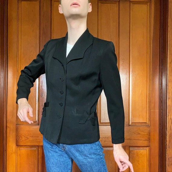 40s Black gabardine blazer with dramatic collar