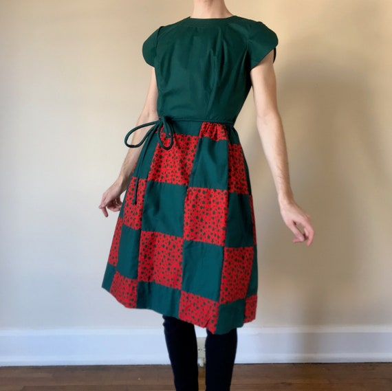 50s Red and green Swirl dress