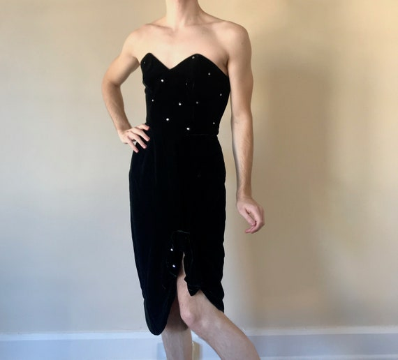 50s / 60s Velvet Cocktail bombshell dress with rhi