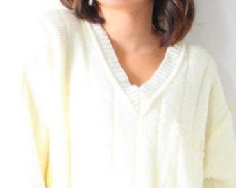 Vintage cream oversized sweater // cream off white yellow sweater // light yellow // knit