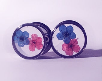 13mm Red and blue dainty stacked flower plugs!