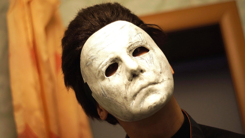 Halloween 2018 Michael Myers Mask.Hand Made Michael Myers Mask With Wig The Shape Dead By Daylight Maniac Hair Plastic Halloween 2018 Halloween Movie Halloween Michael Myers