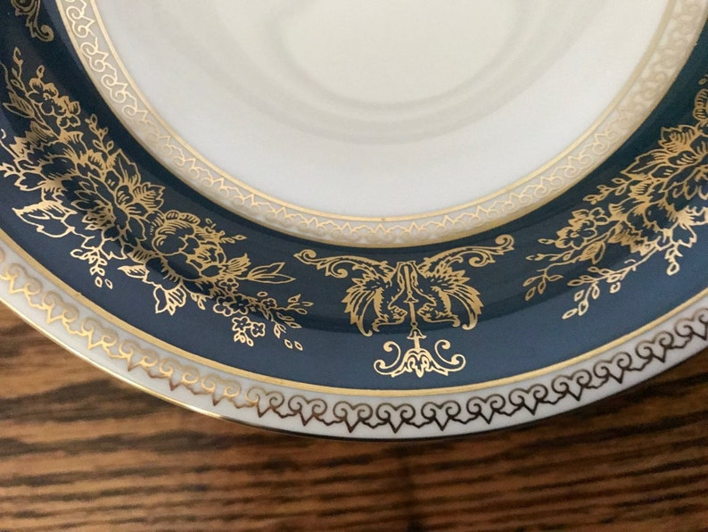 Wedgwood Columbia Blue and Gold 3 Fruit Ice Cream Dessert Bowls 6 Bowls England R4509