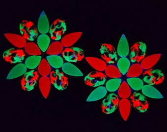 BLACKLIGHT GLOW PASTIES - Neon Green & Red Uv Reactive - Reusable Nipple Covers - Glow Party Pasties - Festival Costume