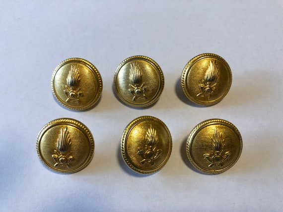 Gold Wine Fine Style Buttons 22mm