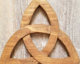 Irish Celtic Trinity Knot Reclaimed Wood Wall Hanging Decoration