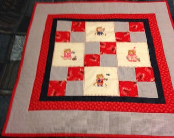Quilt (mint condition)-FreeUS Shipping