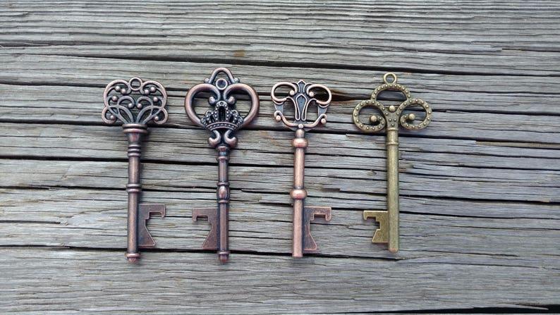 50 Assorted Key Bottle Openers Bulk Skeleton Key Wedding image 0