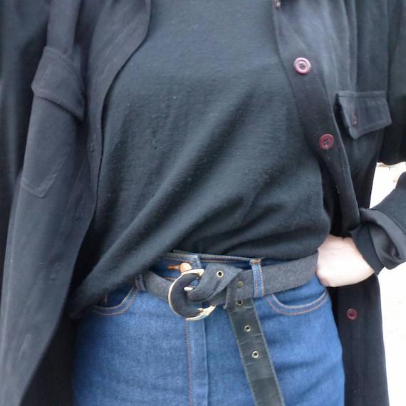 90 s réservés réservés réservés chemise Vintage, manteau chemise en daim noir, grunge surdimensionné chemise avec poches, noirs à col chemise, bouton de faux Suède vers le bas de la chemise. 870b68