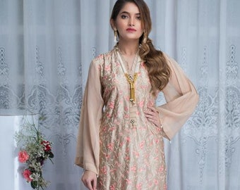 6512108bbf AGHA NOOR SILk Embroidered Shirt Original Ready To Wear -Large