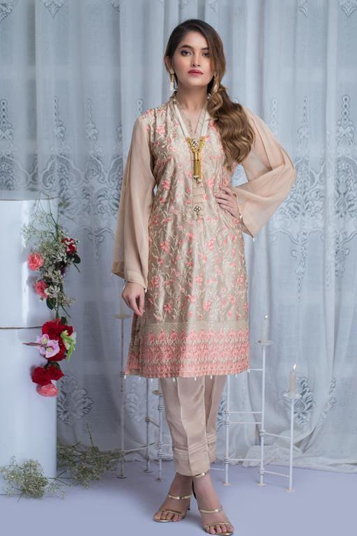 Mousseline Party Wear Full brodé prêts Pakistanais Indien Suit 3pc vente