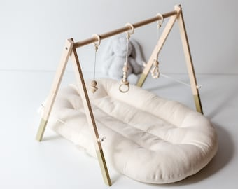 Baby Play Gym Wooden - Sage Green Baby gym - Baby Gym - Natural wood - Wood Baby Gym - Activity Gym - Mobile activity - Gift For Baby
