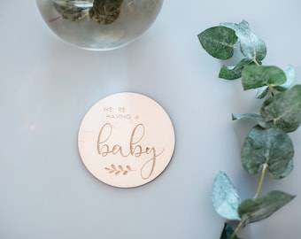 Wooden Baby Milestone Card, Pregnancy Milestone Card, Baby Shower Gift, Toddler Milestone Cards, Baby Shower Ideas, Baby Signs, Baby Gift