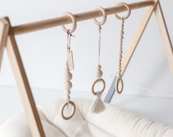 Wooden Hanging Toys, Baby gym toys, Hanging toys, Montessori, Play Gym Toys, Wooden toys