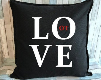 LOVE OT Block decorative pillow cover
