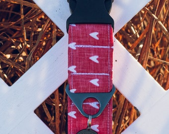 """Handmade Dog Collar in Red with White Hearts / """"Big Love"""" / Side Buckle Collar / Organic Cotton / Made To Order Pet Wear"""