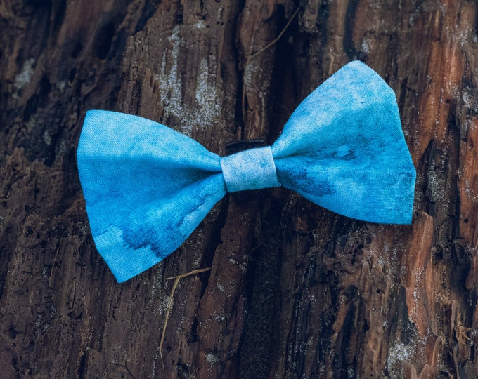 Cascades Bow Tie