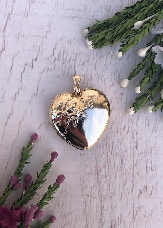 Vintage Flower Heart Locket
