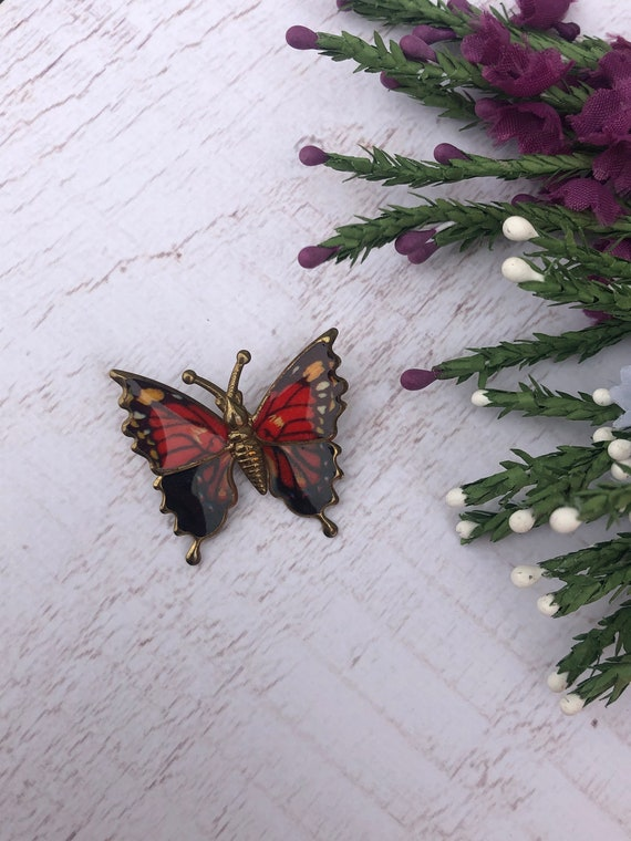 Vintage Red Butterfly Brooch.