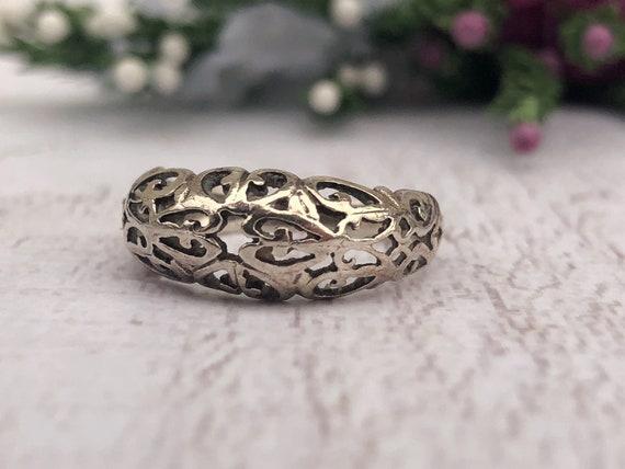 Vintage Silver Filigree Ring.