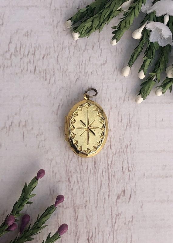 Vintage Gold Star Locket