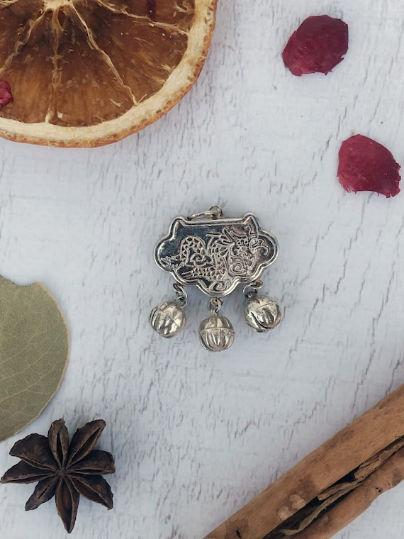 Antique Chinese Dragon Locket With Bells