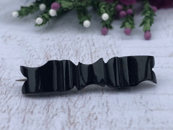 Antique Ribbon Mourning Brooch. Whitby Jet Bar Brooch.