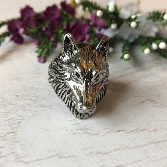 Vintage Silver Wolf Ring, Wolf Jewelry.