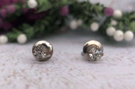 Vintage Diamanté Stud Earrings.