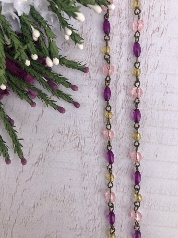 Small Vintage Purple and Pink Beaded Necklace