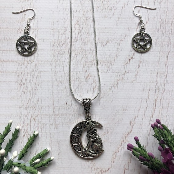 Sterling Silver Witch Jewellery Set. Wolf Necklace. Witch Pentagon Earrings.