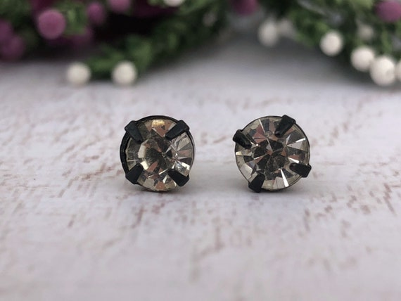 Black Diamanté Stud Earrings.